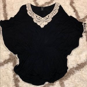 Black cinched top